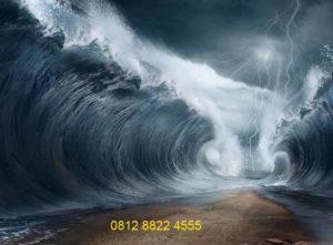Gambar Laut Terbelah